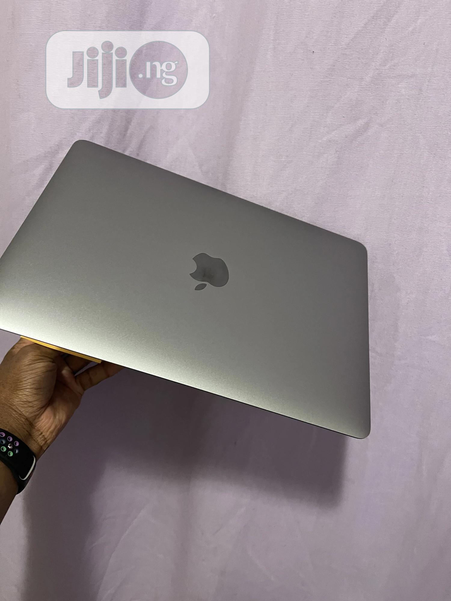 Laptop Apple MacBook Air 8GB Intel SSD 256GB | Laptops & Computers for sale in Osogbo, Osun State, Nigeria