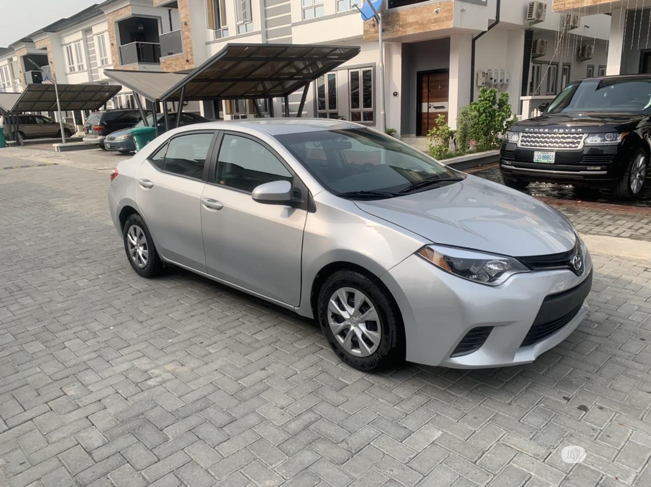 Archive: Toyota Corolla 2015 Silver