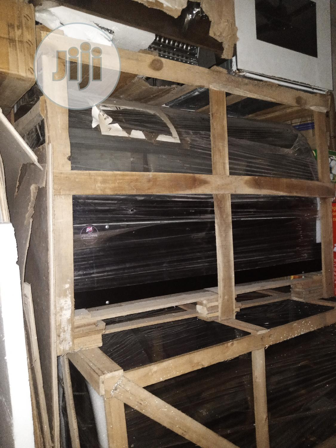 Cake Display Chiller 3ft (Standing) | Restaurant & Catering Equipment for sale in Ojo, Lagos State, Nigeria