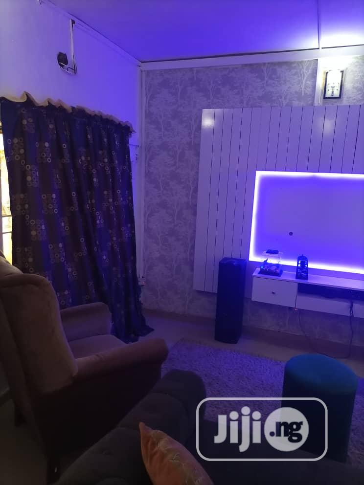 White TV Consoler Led Light   Furniture for sale in Ejigbo, Lagos State, Nigeria