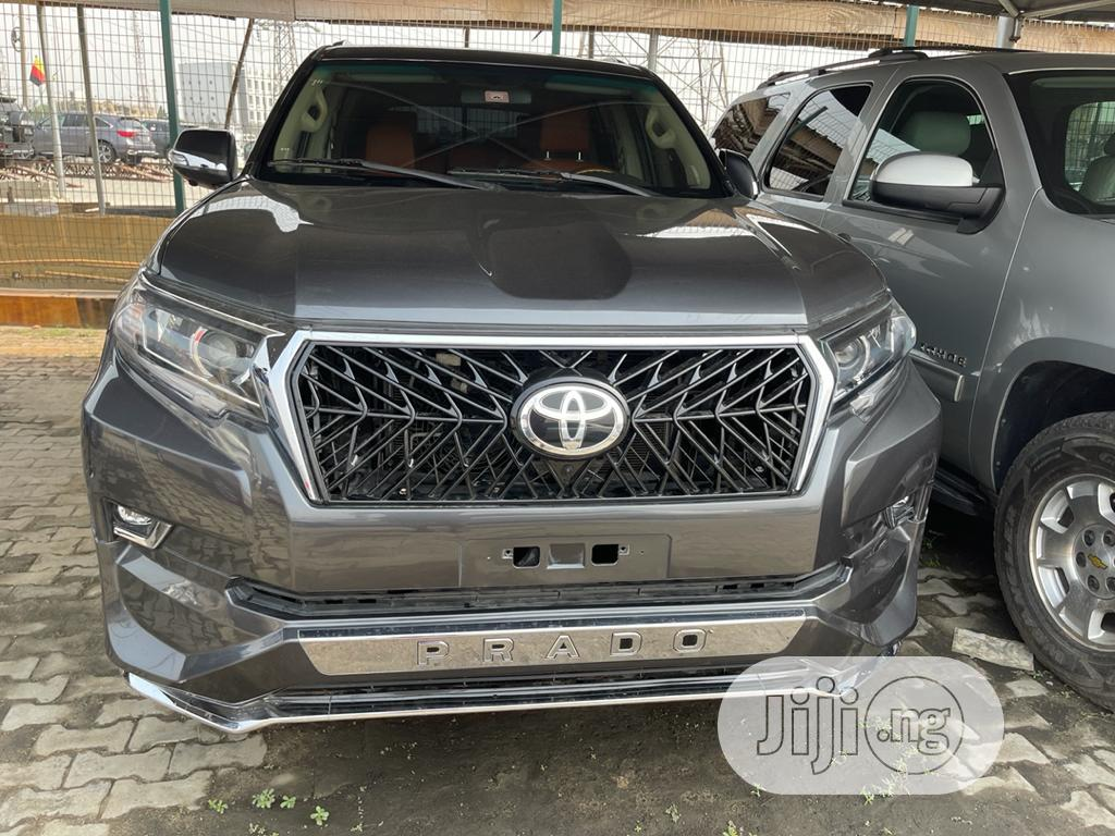 Toyota Land Cruiser Prado 2012 VX Gray
