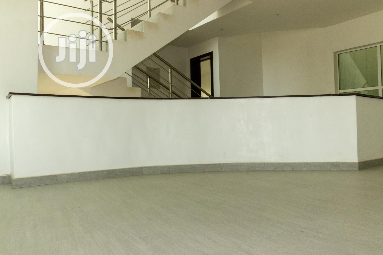 Archive: Beautiful Modern 4 Bedroom Terrace Duplex