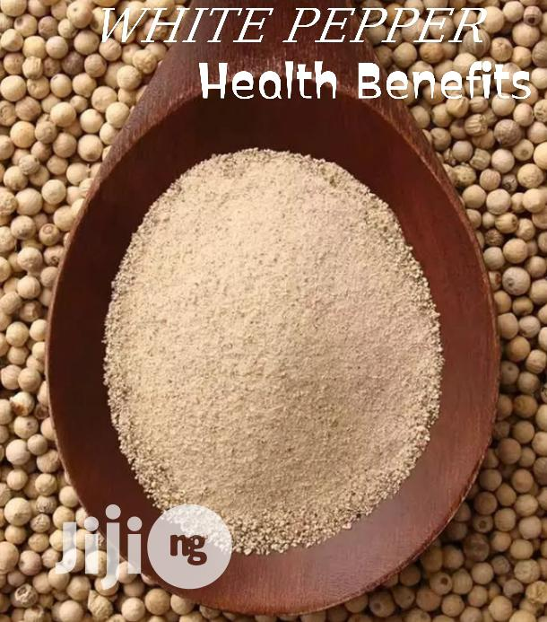 White Pepper Seed and Powder