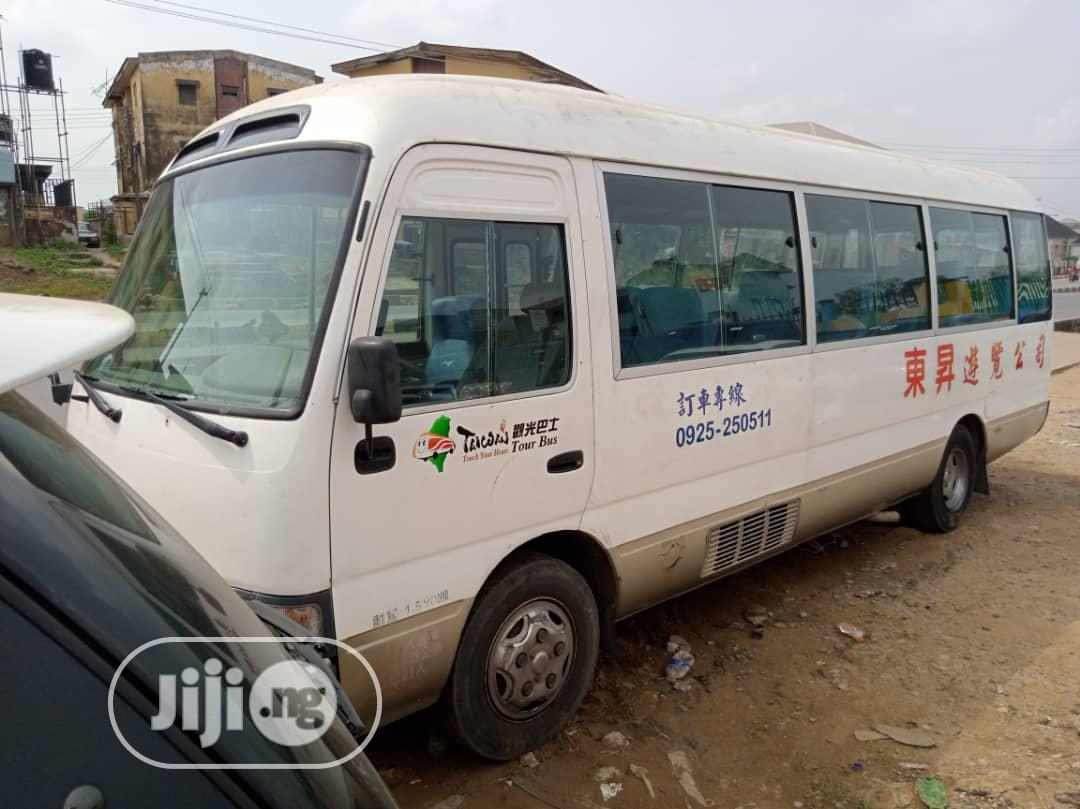 Coaster Bus,2004 Tokunbo | Buses & Microbuses for sale in Amuwo-Odofin, Lagos State, Nigeria