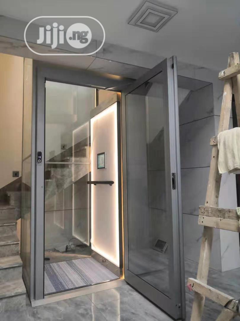 Small Scale Elevator