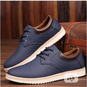 Breathable Outdoor Men Canvas   Shoes for sale in Lagos State, Agege