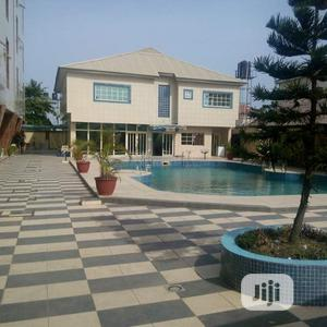 Hotel Building Which Can Also Be Used as Hotel, School, Etc.   Commercial Property For Sale for sale in Lekki, Chevron