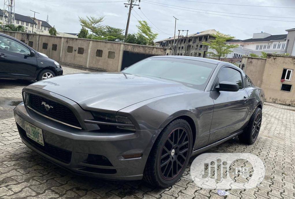 Ford Mustang 2014 Black
