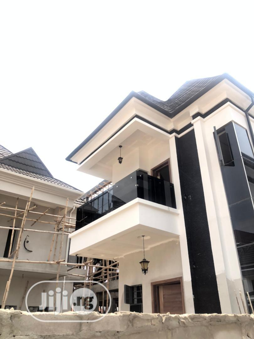 Clean 5bedroom Fully Detached Duplex With Bq