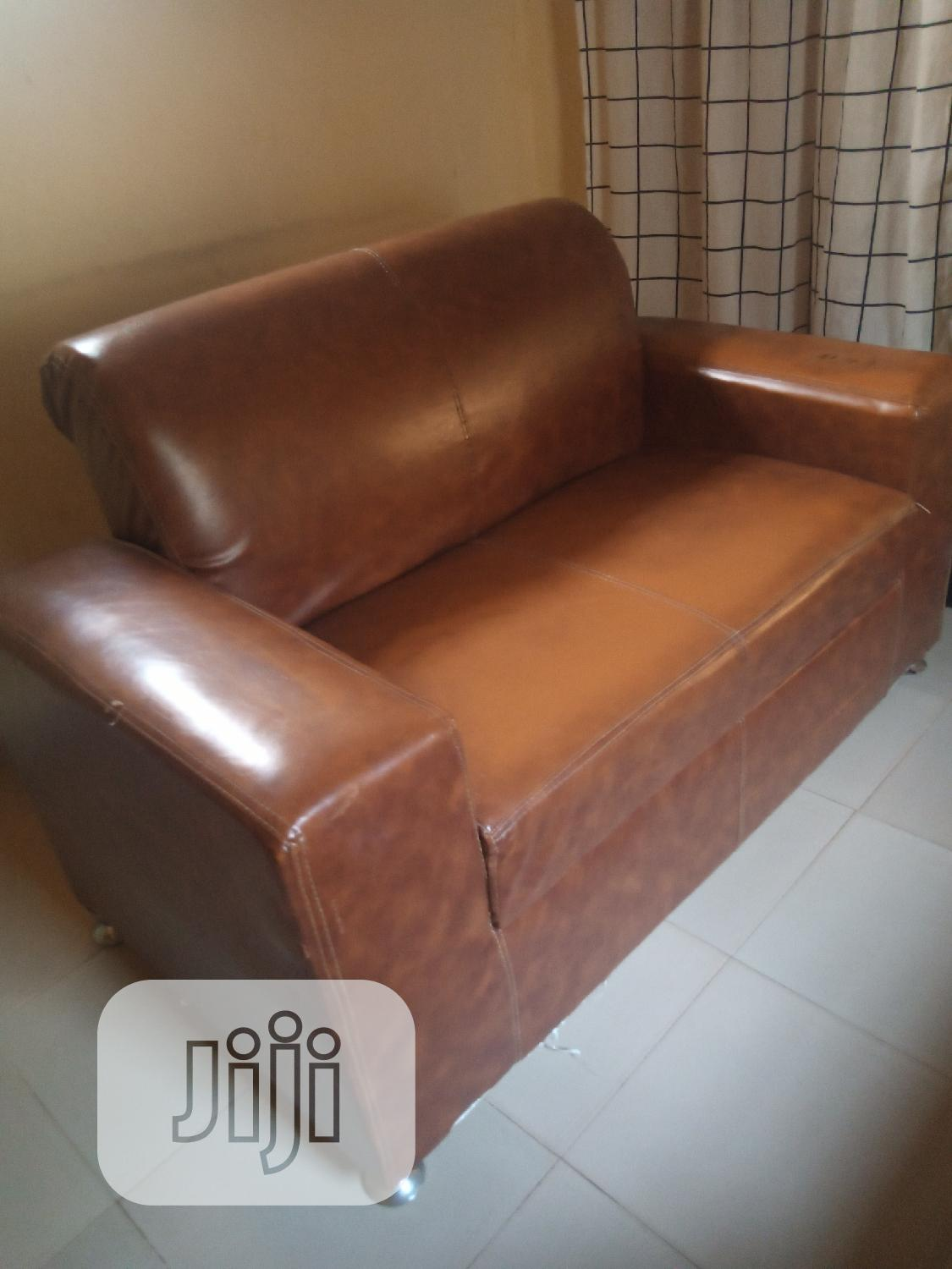 Used 4 Seater Leather Couch | Furniture for sale in Alimosho, Lagos State, Nigeria
