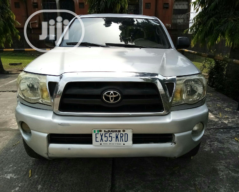 Archive: Toyota Tacoma 2006 PreRunner Access Cab Gray
