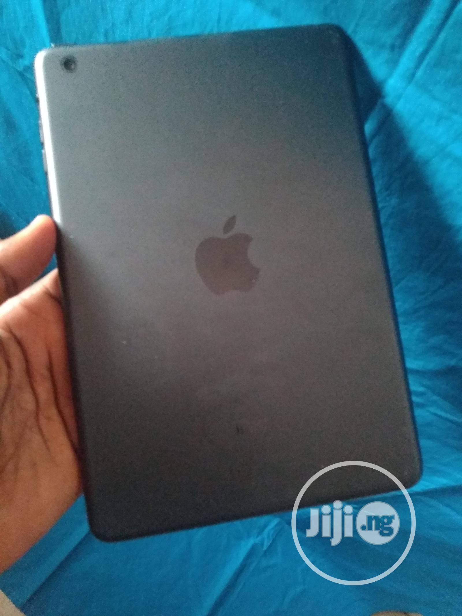 Apple iPad Mini Wi-Fi 16 GB Gray   Tablets for sale in Benin City, Edo State, Nigeria