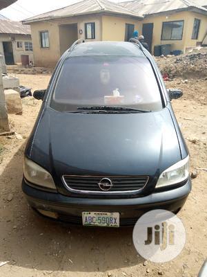 Opel Zafira 2002 Black | Cars for sale in Abuja (FCT) State, Gwarinpa