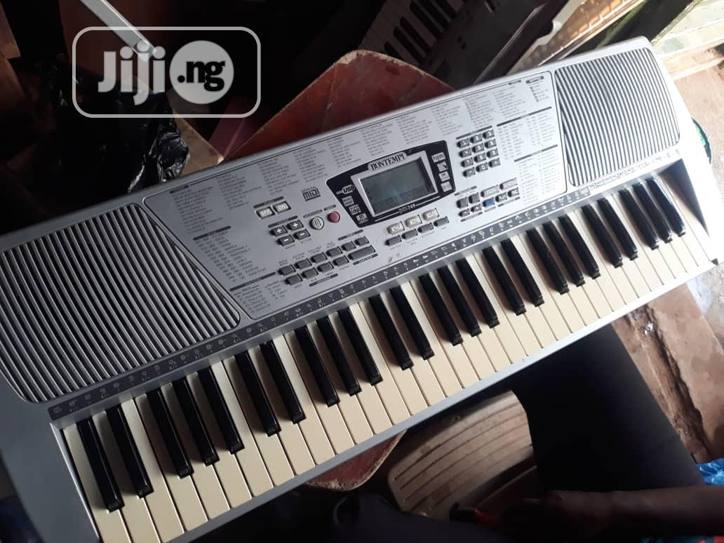 Standard Keyboard | Musical Instruments & Gear for sale in Ipaja, Lagos State, Nigeria