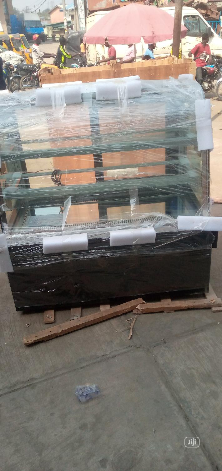 4feet Marble Standing Cake Display Chiller | Store Equipment for sale in Ojo, Lagos State, Nigeria