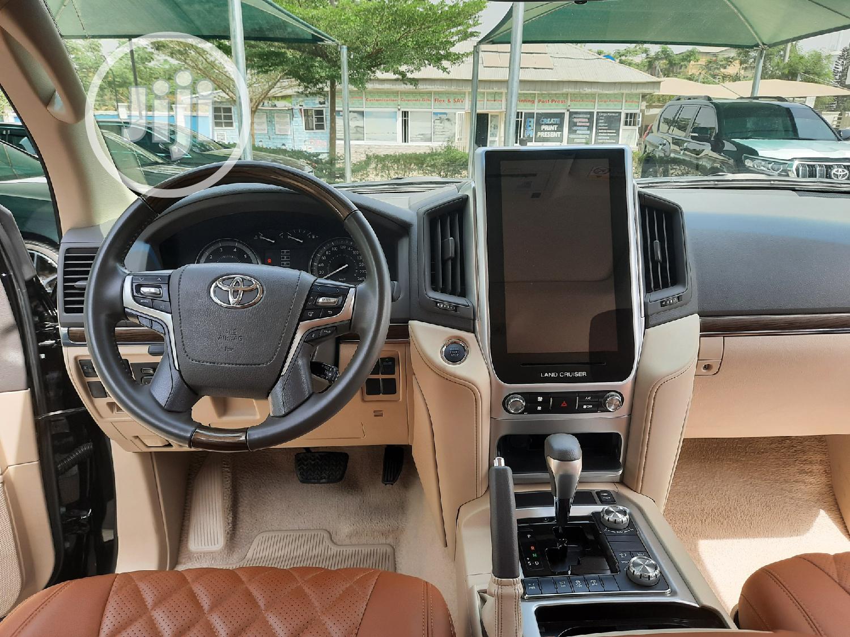 Toyota Land Cruiser 2019 5.7 V8 VXR Black   Cars for sale in Central Business District, Abuja (FCT) State, Nigeria
