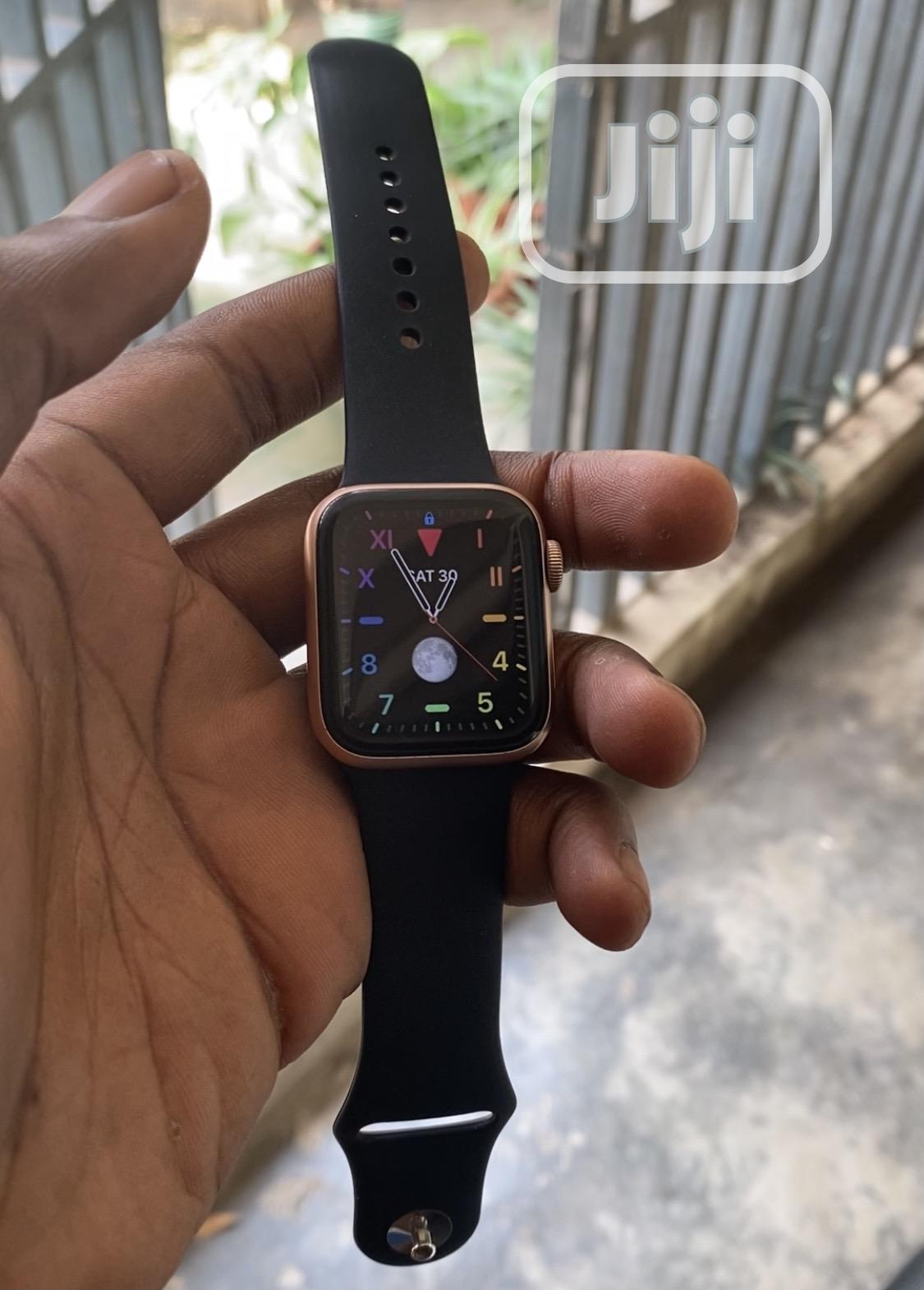 Archive: Pre-Owned Apple Iwatch Series 4 40mm LTE