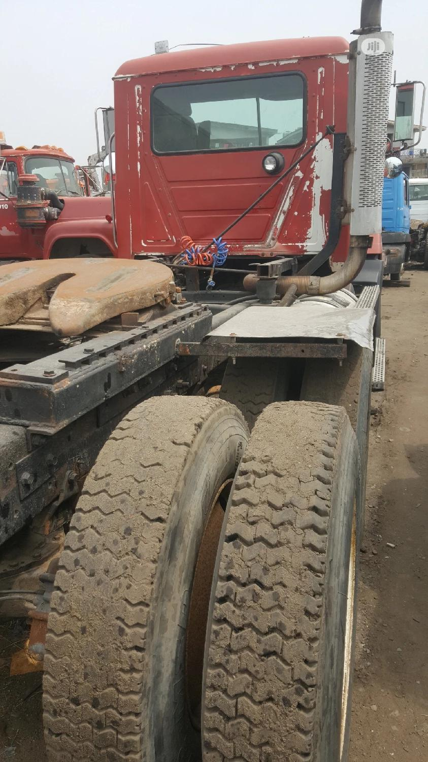 New Arrival CH MACK Ten Tyres Head Truck Spring Suspension | Trucks & Trailers for sale in Apapa, Lagos State, Nigeria