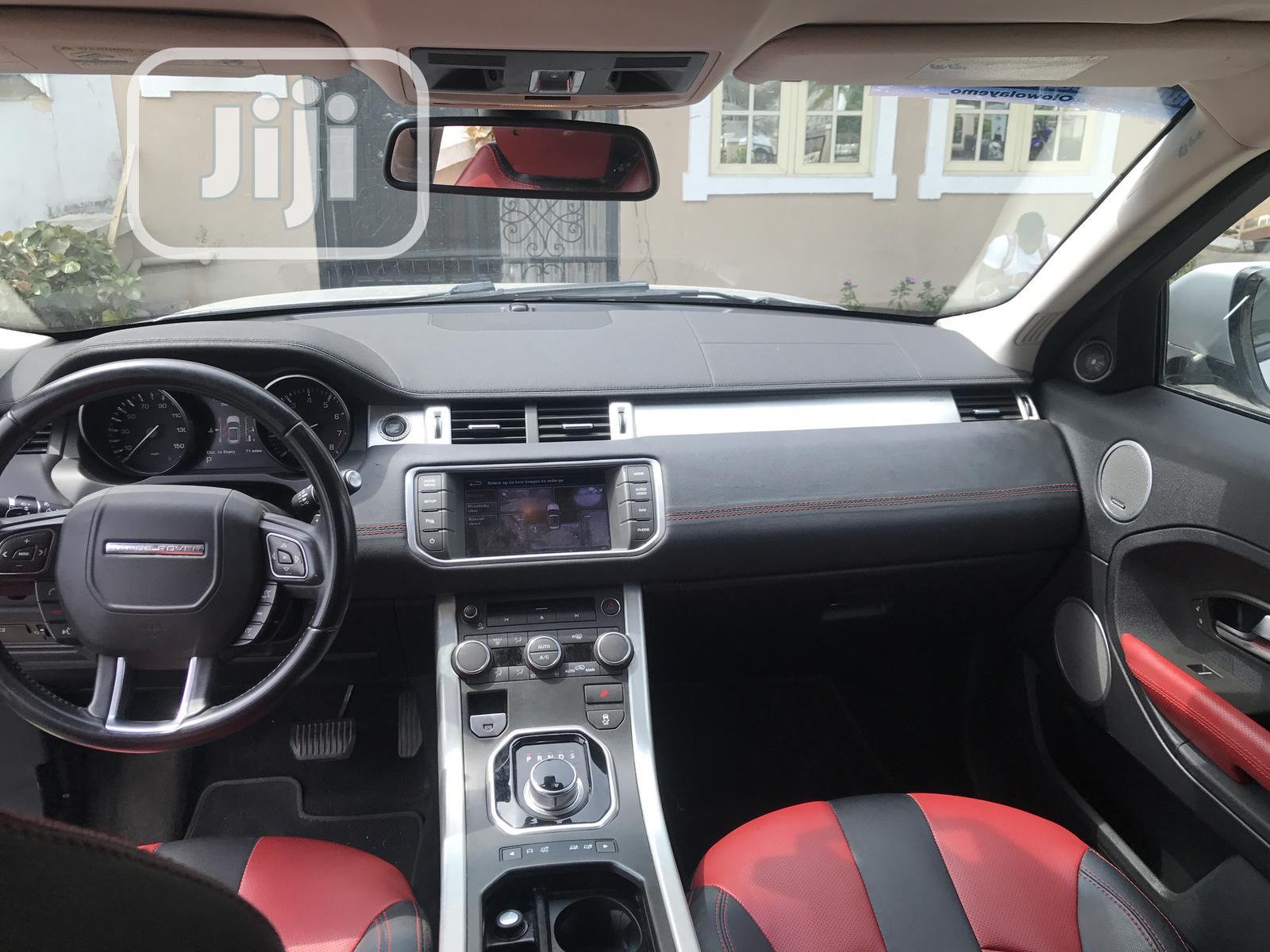 Archive: Land Rover Range Rover Evoque 2013 Pure Plus AWD Silver