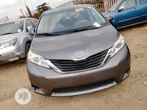 Toyota Sienna 2011 LE 8 Passenger Gray | Cars for sale in Lagos State, Amuwo-Odofin