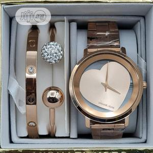 High Quality Michael Kors Gold Silver Dial Stainless Steel | Watches for sale in Lagos State, Magodo