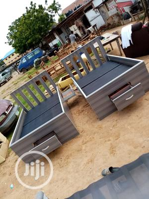 (6/3.5) Chrome Bed Frame   Furniture for sale in Lagos State, Ojo