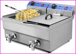 Double Bowl Electric Deep Fryer With Tap   Restaurant & Catering Equipment for sale in Abuja (FCT) State, Wuse