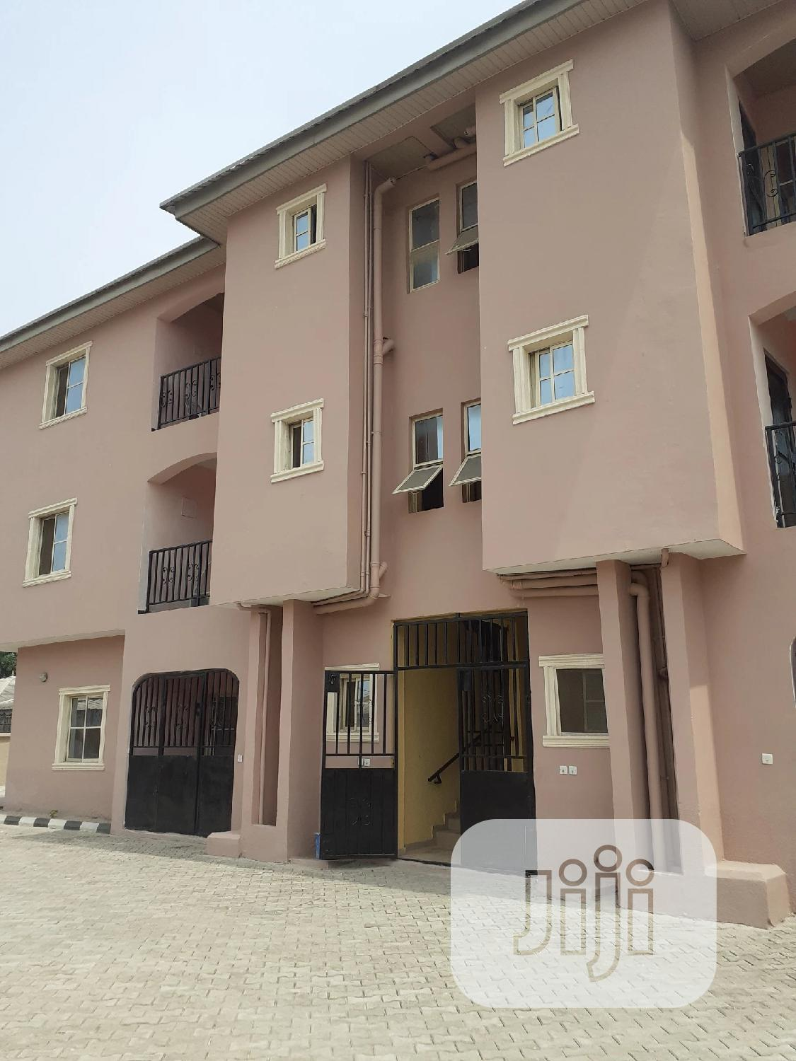 Spacious 3 Bedrooms Flat to Let   Houses & Apartments For Rent for sale in Sangotedo, Ajah, Nigeria