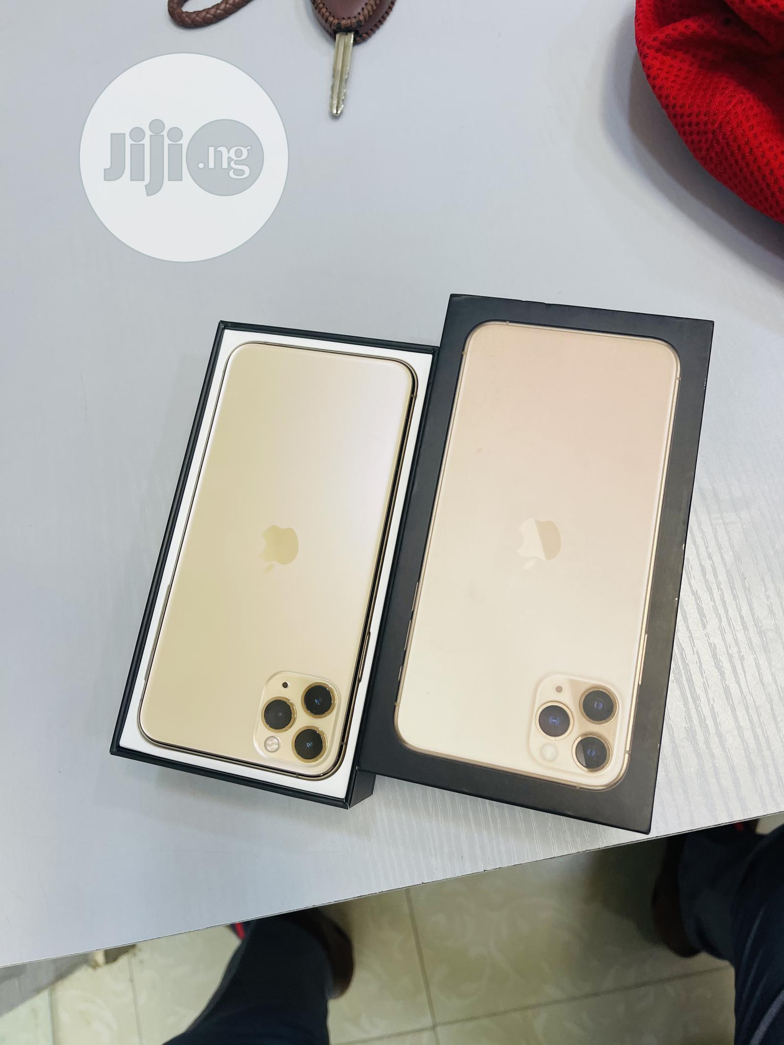 Apple iPhone 11 Pro Max 64 GB Gold   Mobile Phones for sale in Ibadan, Oyo State, Nigeria