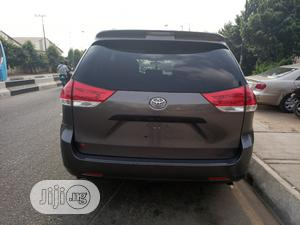 Toyota Sienna 2011 LE 7 Passenger Gray   Cars for sale in Lagos State, Ikeja