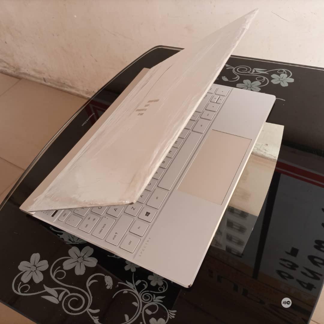 Archive: Laptop HP Spectre 13 8GB Intel Core I7 SSD 512GB