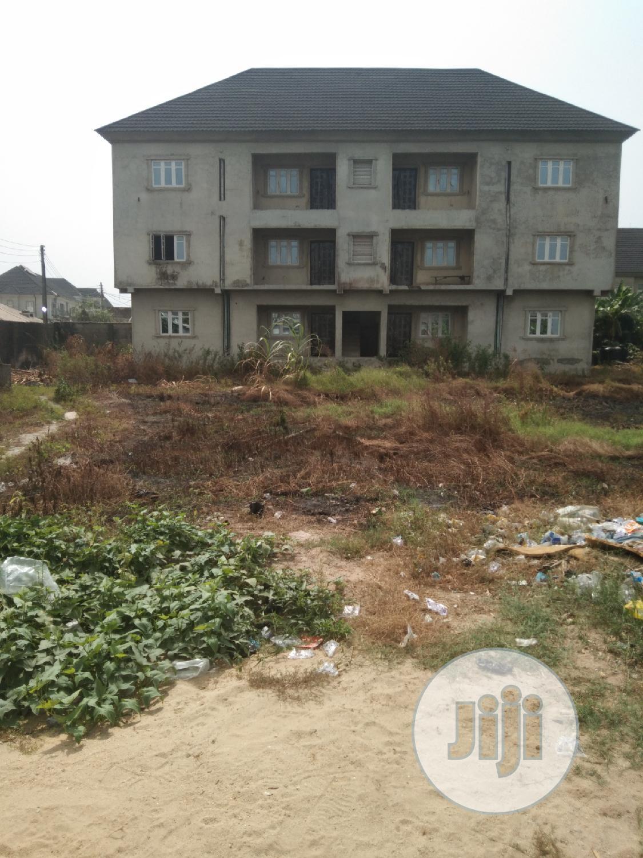 A Fantastic Edifice for Sale in an Estate in Sangotedo Lagos