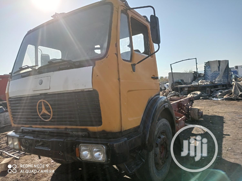 Archive: Mercedes-Benz