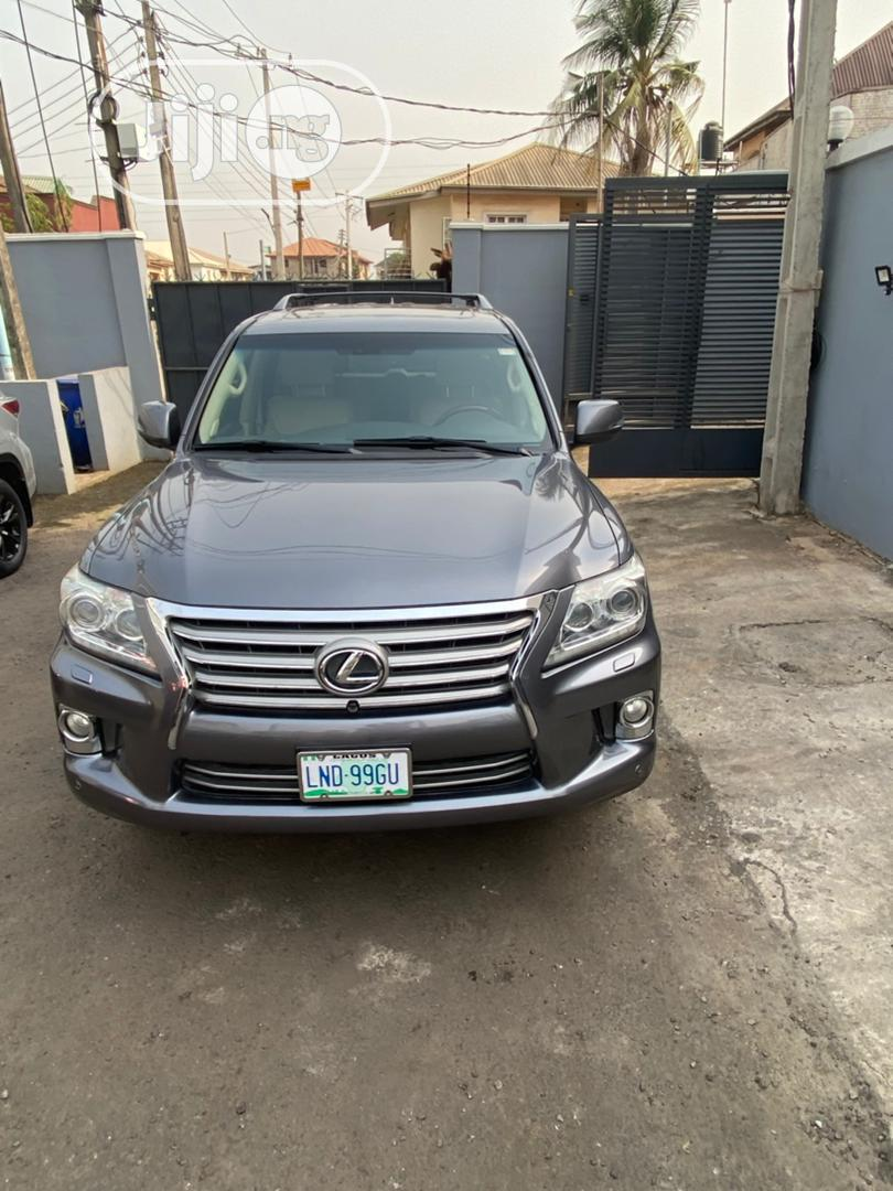 Lexus LX 2013 570 Base Gray