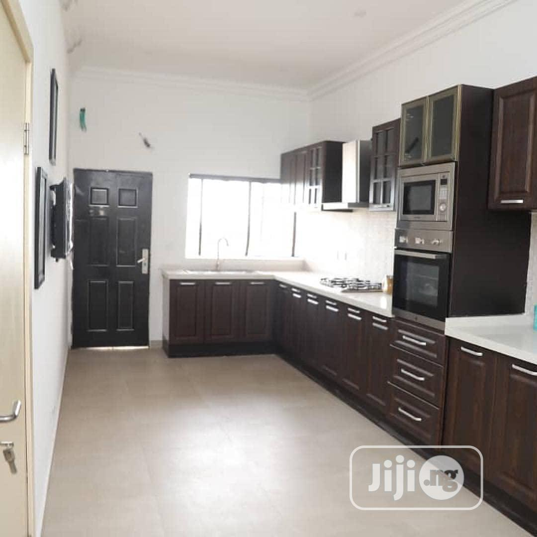 Archive: 4 Bedroom All Rooms Ensuite Terrace Home With Service Quartr