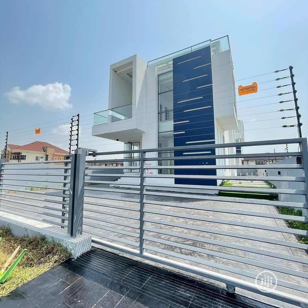 Luxury 5bedroom Fully Detached Duplex With Swimming Pool