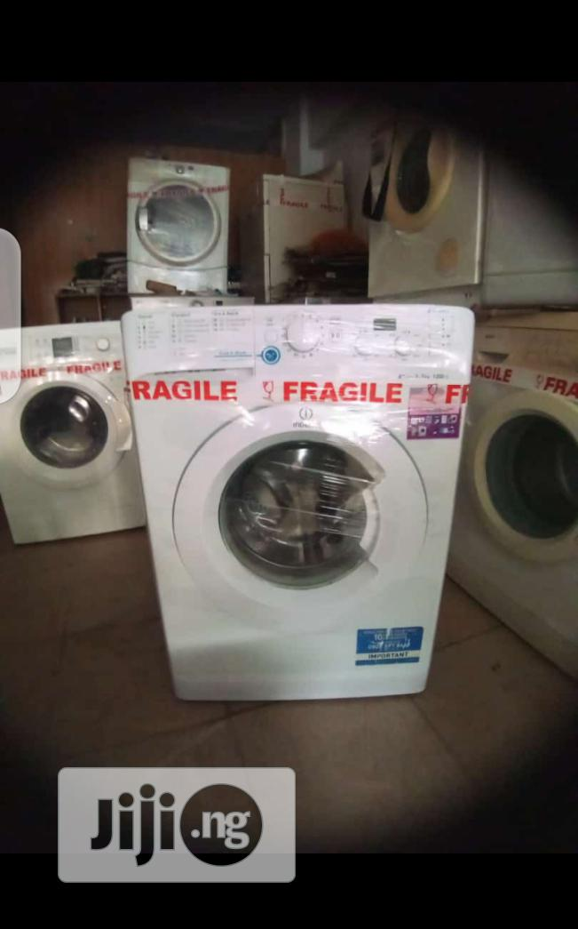 Clean and Perfectly Working Washing Machine for Sale.