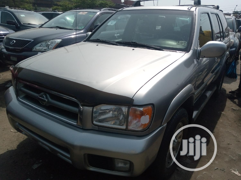 Archive: Nissan Pathfinder 2003 SE AWD SUV (3.5L 6cyl 4A) Gray