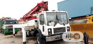 Concrete Pump Vehincle (HOWO) for Sales.   Heavy Equipment for sale in Lagos State, Surulere