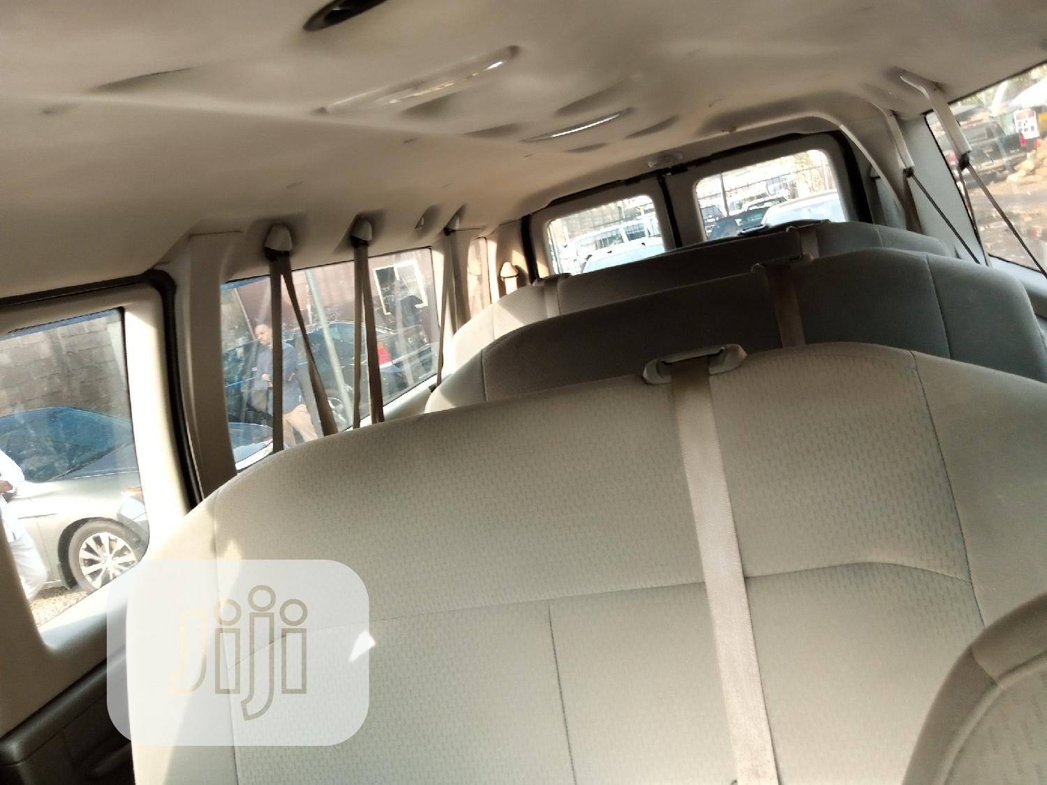 2008 Ford E350 Tokunbo In Abuja | Buses & Microbuses for sale in Garki 2, Abuja (FCT) State, Nigeria