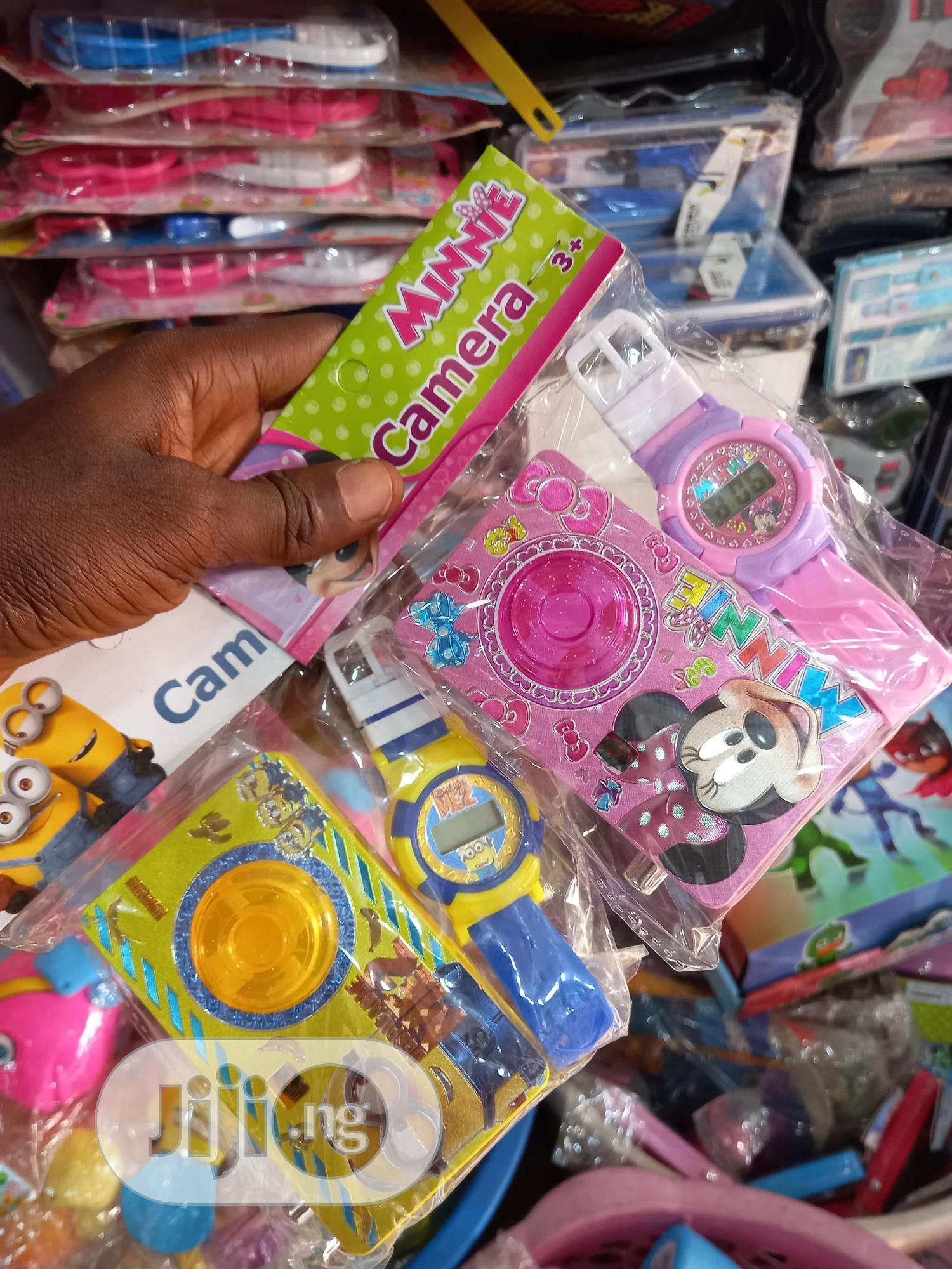 Archive: 12pcs Kids Character and Wristwatch