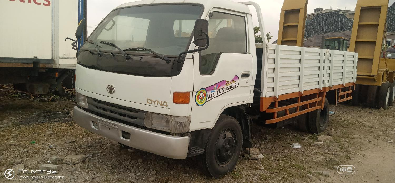 Archive: Toyota Dyna 1999 White