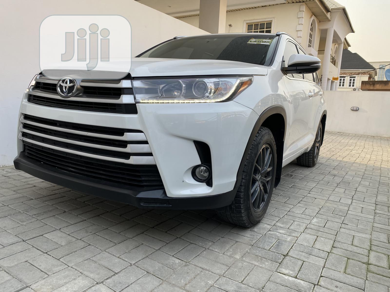 Toyota Highlander 2018 White   Cars for sale in Lekki, Lagos State, Nigeria