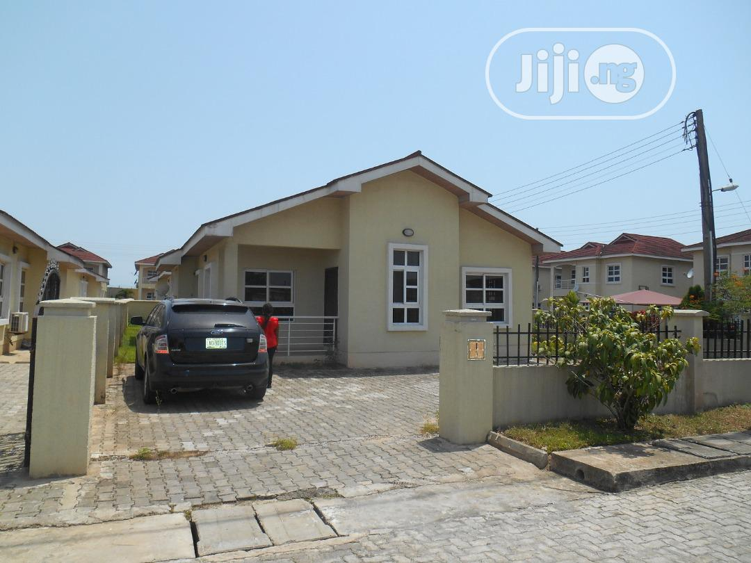 Exquisite 2bedroom Bungalow With Swimming Pool and Gym House