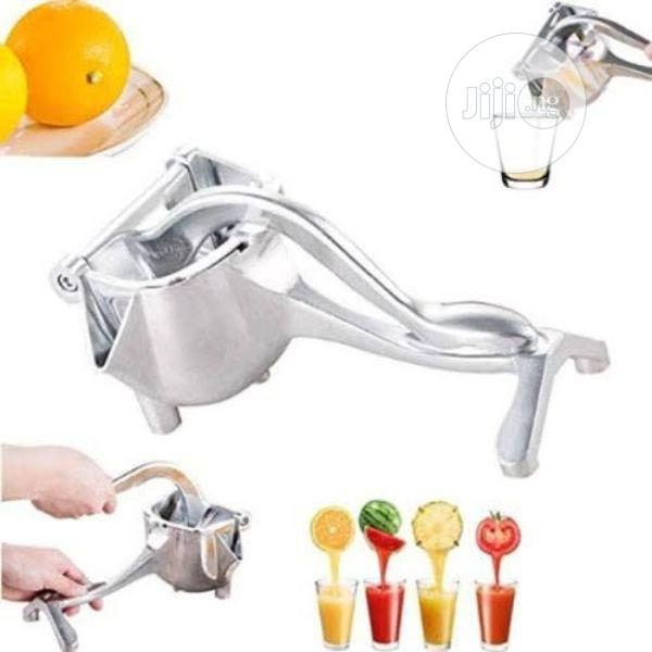 Stainless Steel Manual Fruit Juicer/Presser
