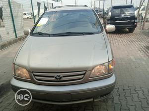 Toyota Sienna 2002 Silver   Cars for sale in Lagos State, Ajah