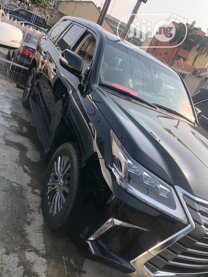 Lexus LX 2018 570 Three-Row Black | Cars for sale in Surulere, Lagos State, Nigeria