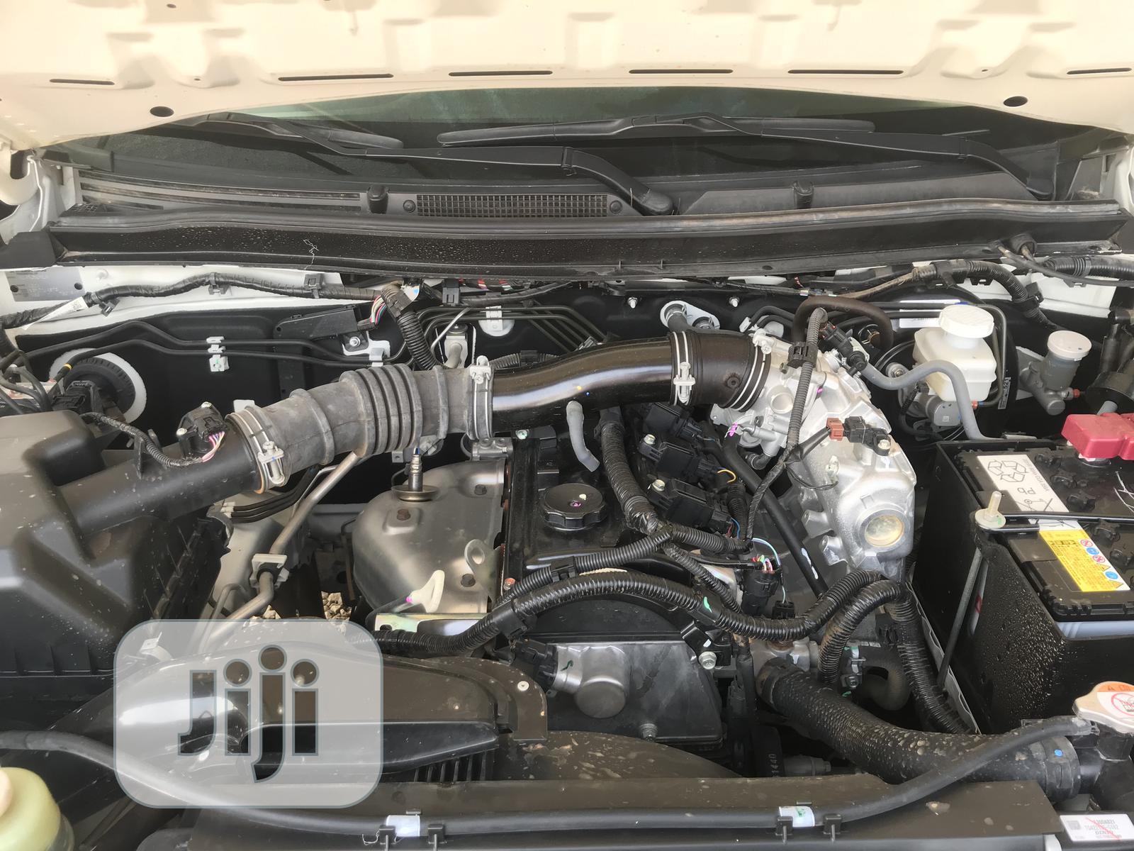 Archive: Mitsubishi L200 2020 Silver