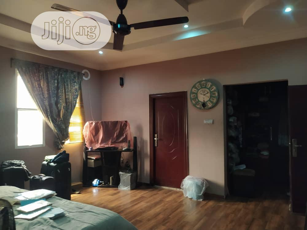 Archive: Fully Detached 4 Bedroom Duplex in Magodo Phase 2 Off Cmd Rd