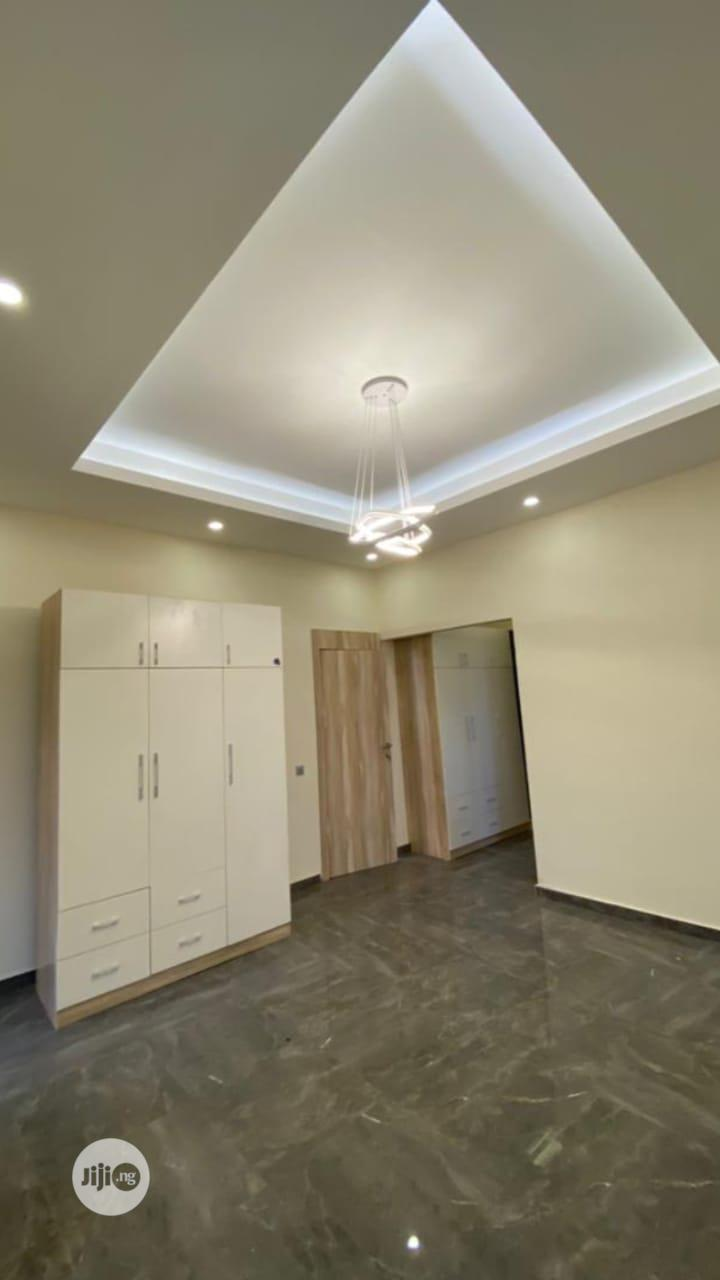 Archive: 5bedroom Fully Detached Duplex